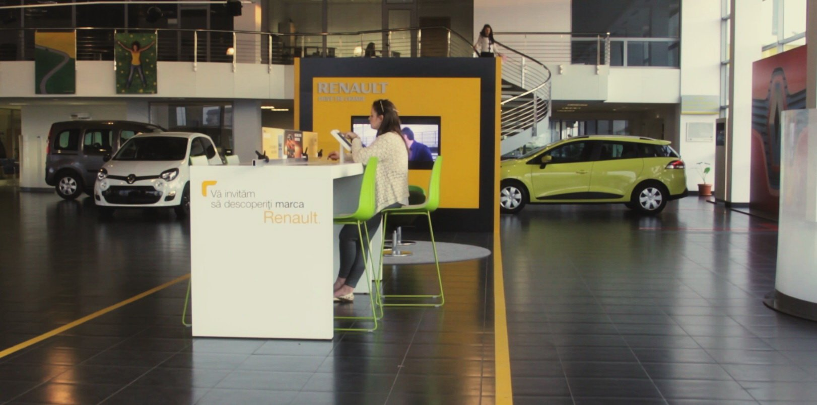 Renault Store 3