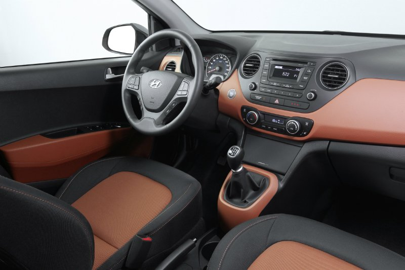 new-generation-i10-interior-2-small