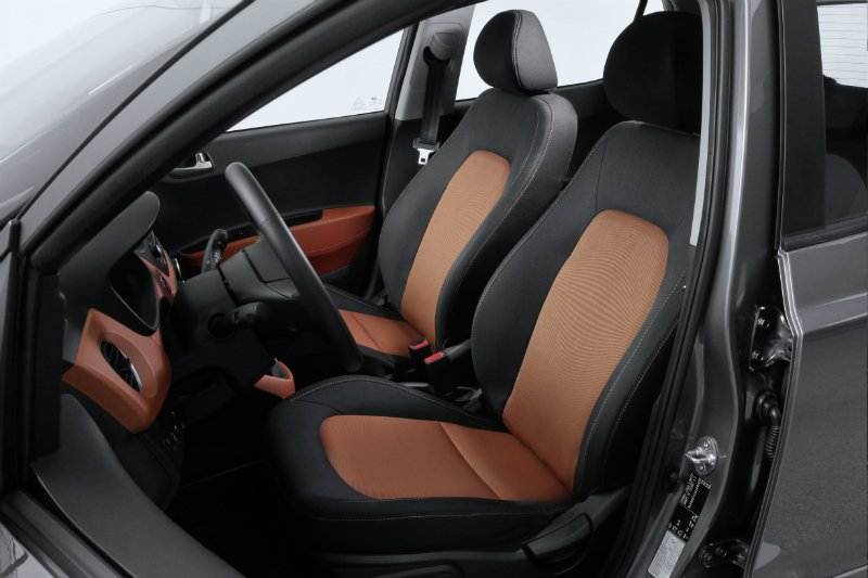 new-generation-i10-interior-4